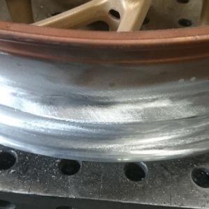 Reparatie motorvelg